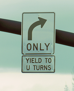 Yield to U sign