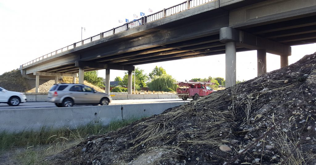 I-84 overnight closures as work begins to replace Cloverdale Road Overpass