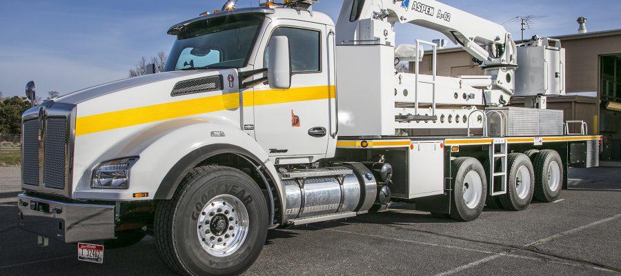 Image of ITD under-bridge inspection truck