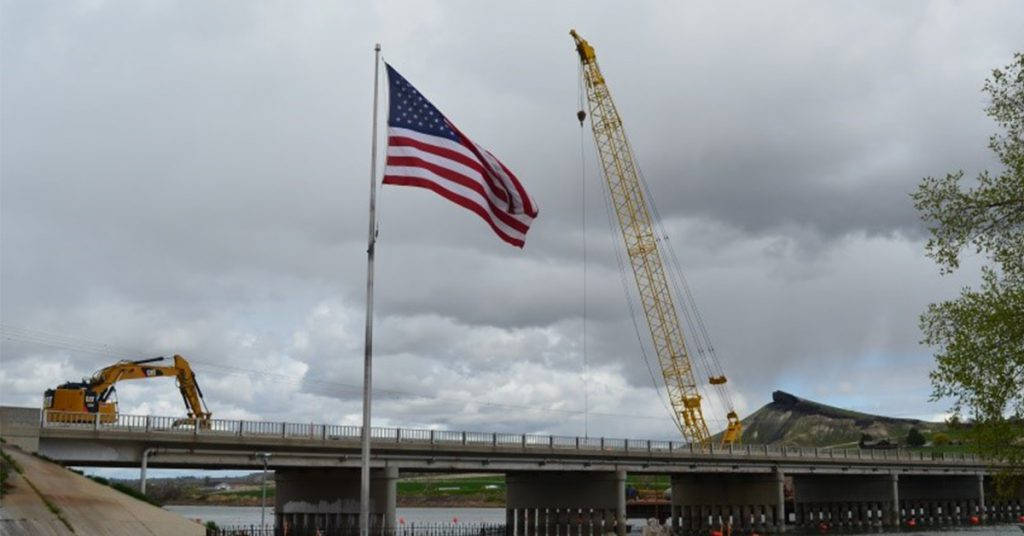 ID-55 Snake River Bridge overnight closures during girder placement