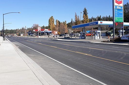 Picture of the freshly reconstructed highway