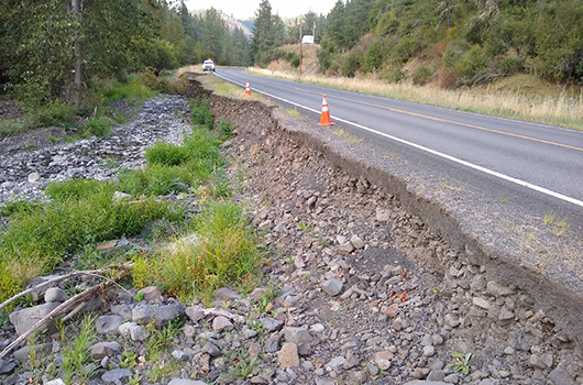 Eroded shoulder on ID-162 near Kamiah in August.