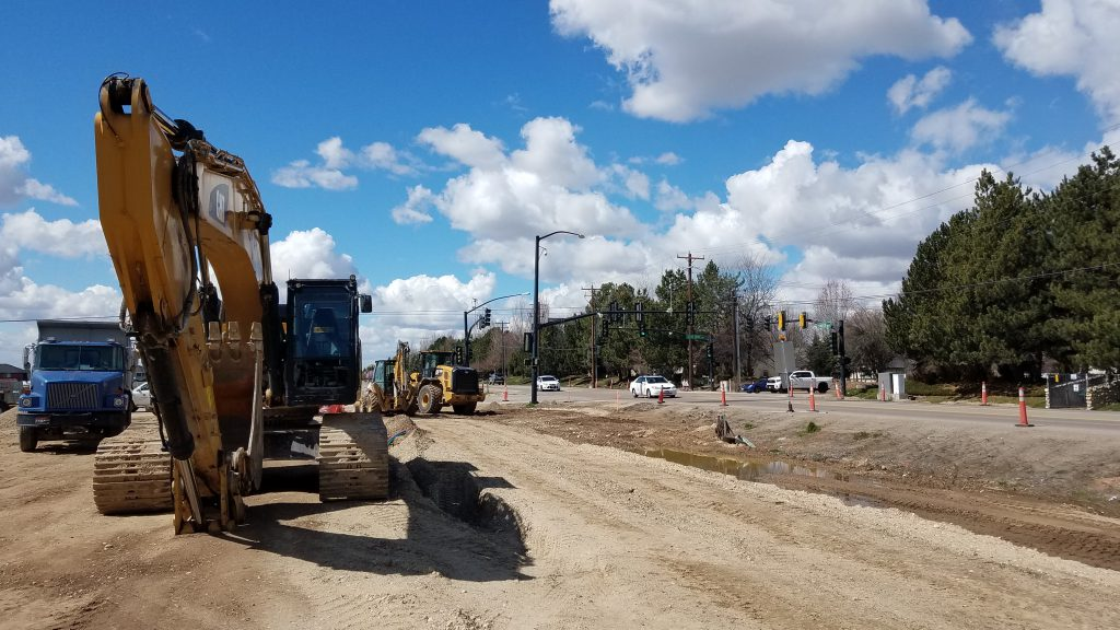 Chinden (U.S. 20/26) reduced to one lane at Locust Grove for utility installation